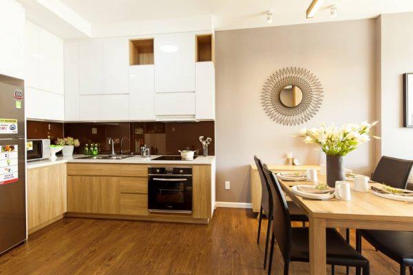 không gian bếp căn 56m2 mizuki park